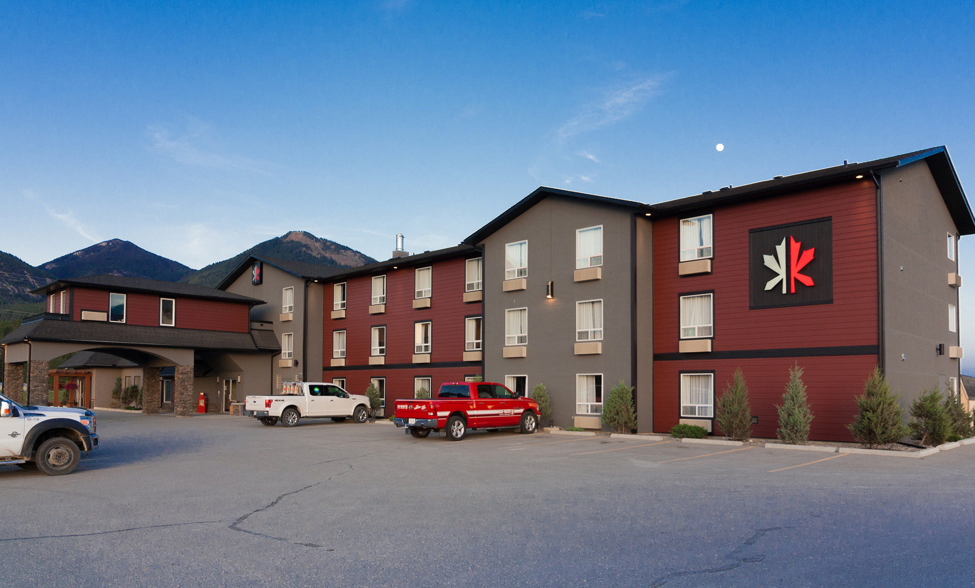 hotel and tourism marketing kanata inns exterior